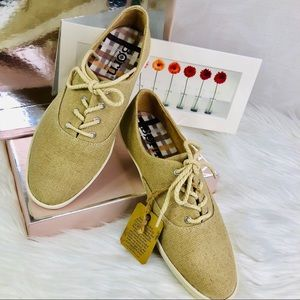 Born Dampney sneakers size:7